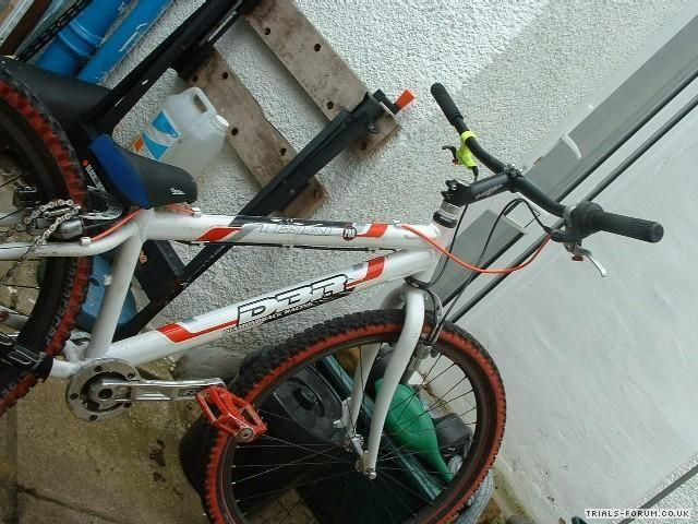 front mono wheel