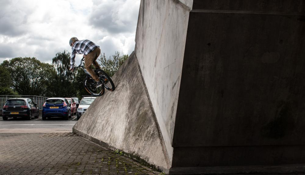 Wallride_Rear_2.jpg