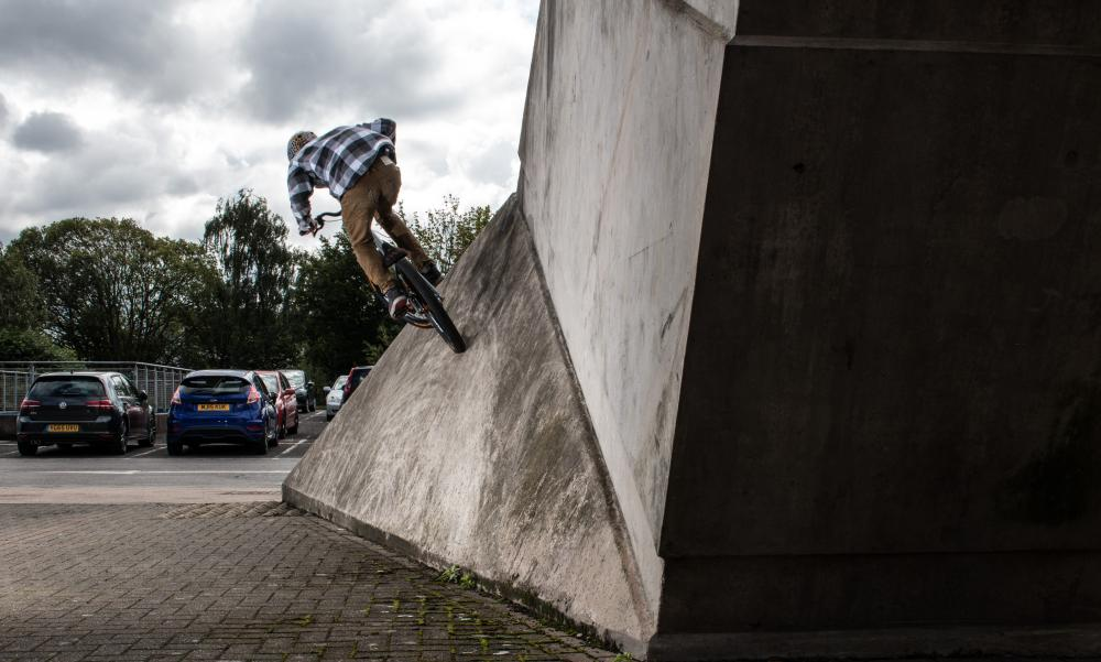 Wallride_Rear_4.jpg