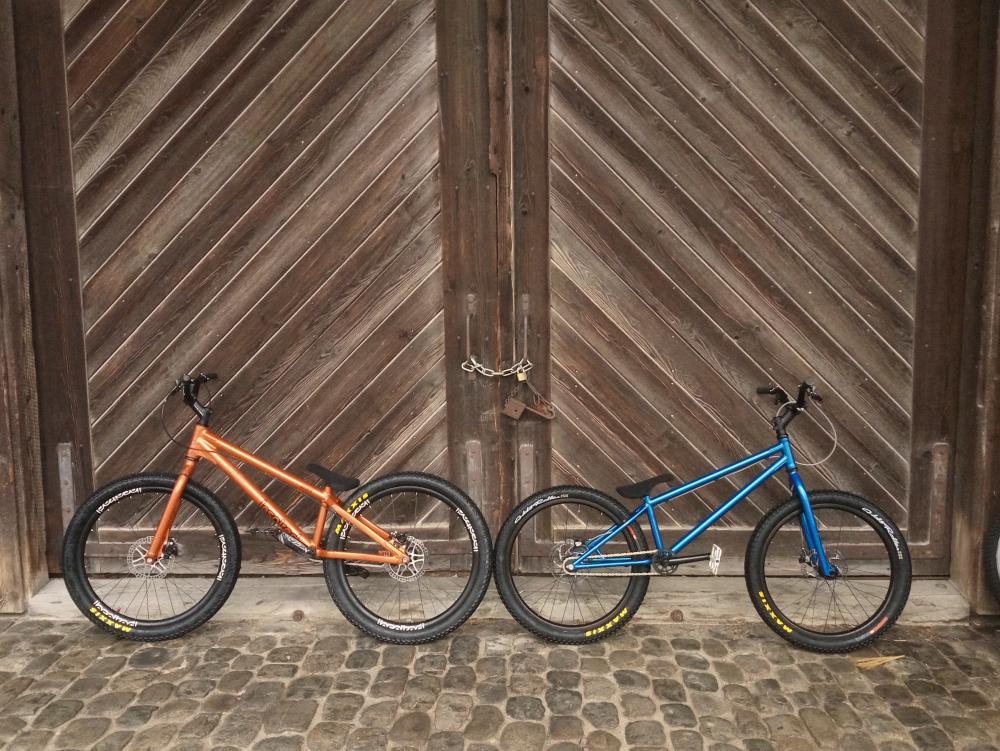 Urs_and_my_bike_IMG_20180311_173340_955.jpg